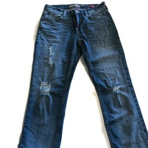 Arizona Distressed Boyfriend Jeans